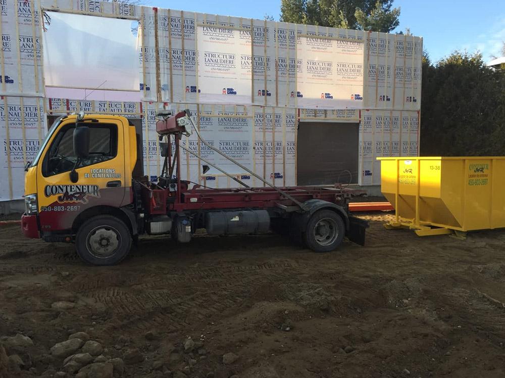 Location de conteneur de chantier pour entrepreneur dans Lanaudière Conteneur MR à St-Ambroise-de-Kildare